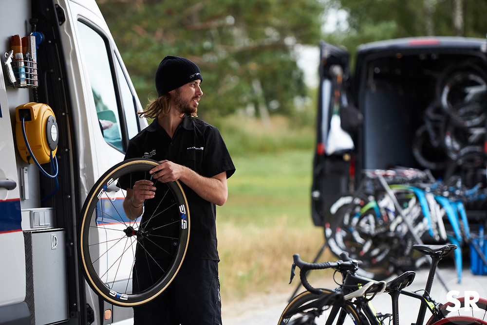 Checking tyre pressures in the Cervélo Bigla camp before Ladies Tour of Norway 2018 Team Time Trial, a 24 km team time trial from Aremark to Halden, Norway on August 16, 2018. Photo by Sean Robinson/velofocus.com