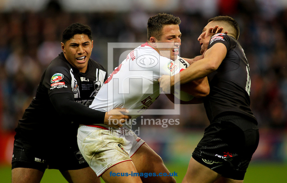 Sam Burgess (Captain) of England on the attack against New Zealand during the 2016 Ladbrokes Four Nations match at the John Smiths Stadium, Huddersfield<br /> Picture by Stephen Gaunt/Focus Images Ltd +447904 833202<br /> 29/10/2016