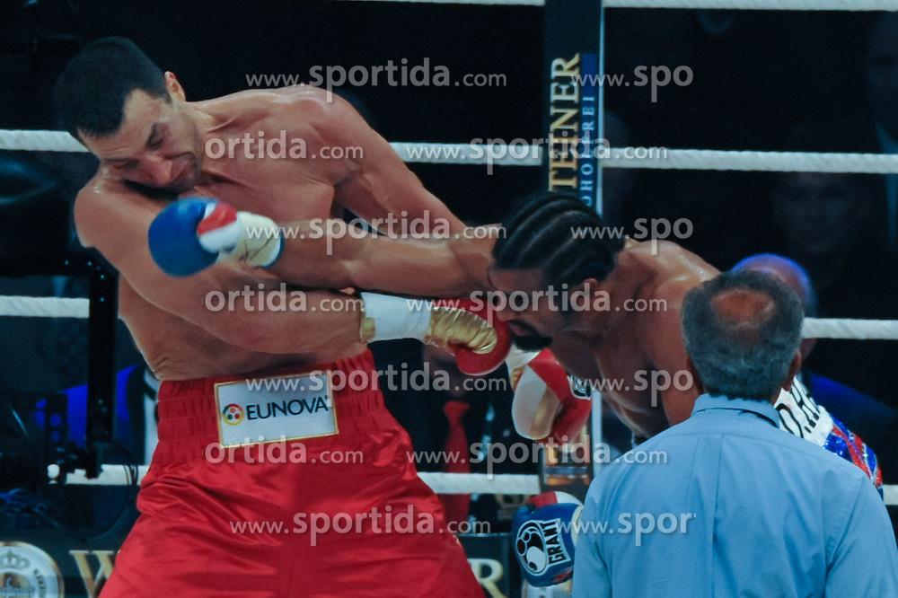 02.07.2011, Imtech Arena, Hamburg, GER, WM Fight IBF, IBO and WBO world champion Wladimir Klitschko vs WBA champion David Haye, im Bild beide Boxer in Aktion. // during the WM fight between Wladimir Klitschko and David Haye, in the Imtech Arena, Hamburg, 2011/07/02. .EXPA Pictures © 2011, PhotoCredit: EXPA/ nph/  Witke       ****** out of GER / CRO  / BEL ******
