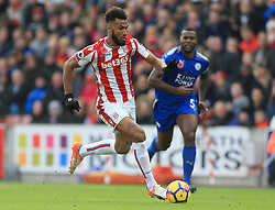Eric Maxim Choupo-Moting of Stoke City breaks free of the Leicester City defence - Mandatory by-line: Paul Roberts/JMP - 04/11/2017 - FOOTBALL - Bet365 Stadium - Stoke-on-Trent, England - Stoke City v Leicester City - Premier League