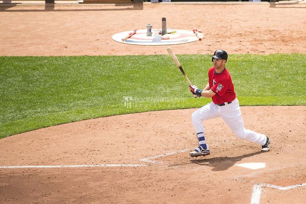 MINNEAPOLIS, MN- JULY 04: Joe Mauer #7 of the Minnesota Twins bats against the Oakland Athletics on July 4, 2016 at Target Field in Minneapolis, Minnesota. The Athletics defeated the Twins 3-1. (Photo by Brace Hemmelgarn) *** Local Caption *** Joe Mauer