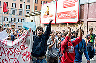 Roma 11 Ottobre  2013<br /> Manifestazione degli studenti medi  contro il decreto scuola, del Governo Letta<br /> Demonstration of high school students against the decree School of the  Government Letta