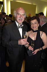 MR & MRS ANTON MOSIMANN he is the chef, at a <br /> party in London on 8th May 2000.ODN 16