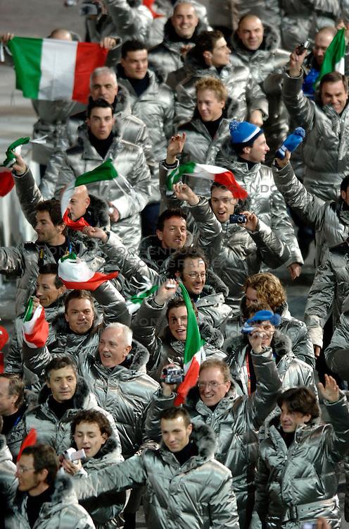 10-02-2006 ALGEMEEN: OLYMPISCHE SPELEN: TORINO<br /> Openingsceremonie OS 2006 / Italie<br /> &copy;2006-WWW.FOTOHOOGENDOORN.NL