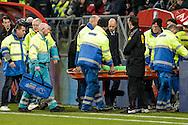 27-11-2016: Voetbal: FC Utrecht v Feyenoord: Utrecht<br /> <br /> (L-R) FC Utrecht keeper Robbin Ruiter wordt zwaar geblesseerd afgevoerd tijdens het Eredivsie duel tussen FC Utrecht en Feyenoord op 27 november 2016 in stadion Galgenwaard in Utrecht tijdens speelronde 14<br /> <br /> Eredivisie - Seizoen 2016 / 2017<br /> <br /> Foto: Gertjan Kooij
