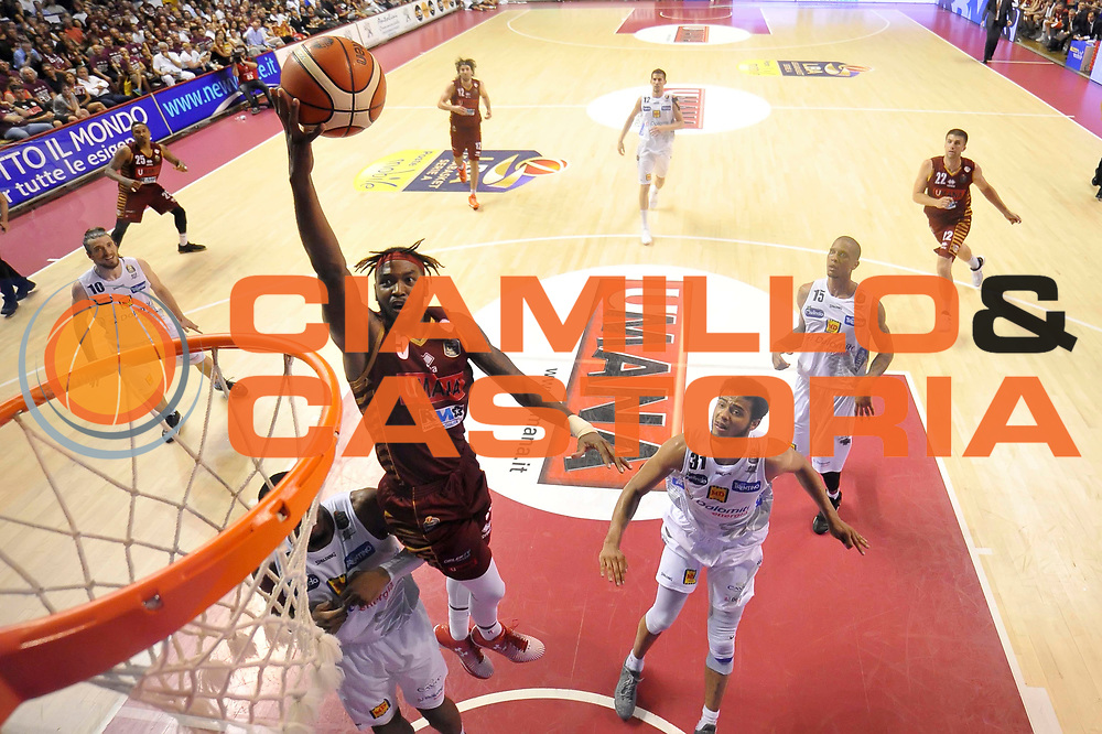 Julian Stone<br /> Umana Reyer Venezia - Dolomiti Energia Trento<br /> Lega Basket serie A 2016 / 201<br /> playoff finale gara 5<br /> venezia, 18/06/2017<br /> foto ciamillo
