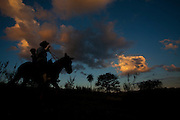 Esmeraldas_MG, Brasil...Cavaleiro na comunidade rural da Laginha em Esmeraldas, Minas Gerais...A horseman in the rural community Laginha in Esmeraldas, Minas Gerais. ..Foto: JOAO MARCOS ROSA / NITRO
