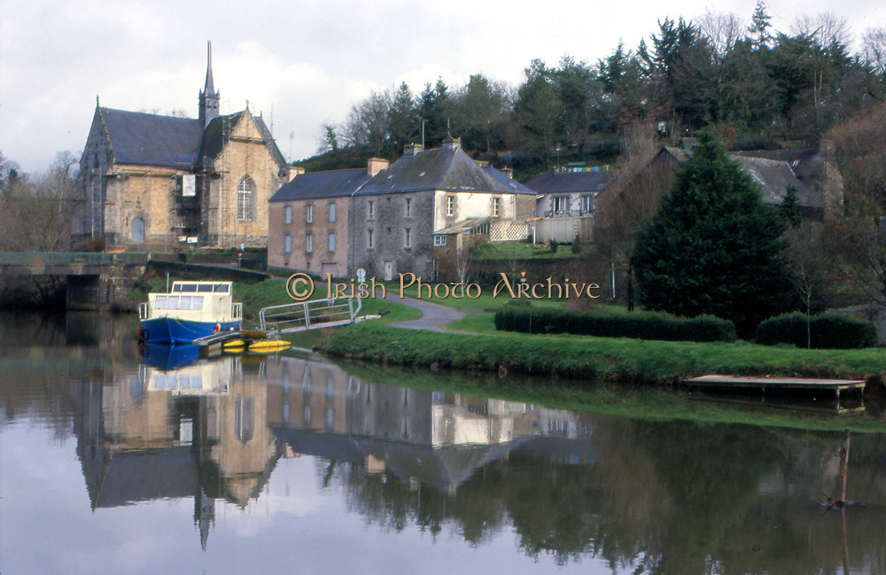 France, Brittany.  Rohan, Chapel and river Brest.