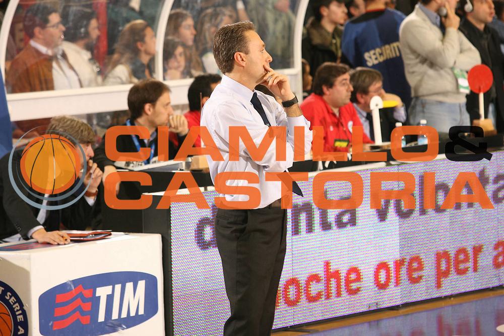 DESCRIZIONE : Napoli Lega A1 2006-07 Eldo Napoli Climamio Fortitudo Bologna<br /> GIOCATORE : Bucchi<br /> SQUADRA : Eldo Napoli<br /> EVENTO : Campionato Lega A1 2006-2007 <br /> GARA : Eldo Napoli Climamio Fortitudo Bologna<br /> DATA : 18/03/2007 <br /> CATEGORIA : Delusione<br /> SPORT : Pallacanestro <br /> AUTORE : Agenzia Ciamillo-Castoria/M.Marchi