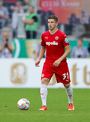 09.08.2015, Stadion Essen, Essen, GER, DFB Pokal, Rot Weiss Essen vs Fortuna Duesseldorf, 1. Runde, im Bild Benjamin Baier (Essen) mit Ball // during German DFB Pokal first round match between Rot Weiss Essen and Fortuna Duesseldorf at the Stadion Essen in Essen, Germany on 2015/08/09. EXPA Pictures © 2015, PhotoCredit: EXPA/ Eibner-Pressefoto/ Hommes<br /> <br /> *****ATTENTION - OUT of GER*****