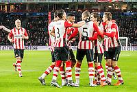 EINDHOVEN - PSV - AZ , Voetbal , Seizoen 2015/2016 , Eredivisie , Philips stadion , 29-11-2015 , Spelers vieren de 1-0