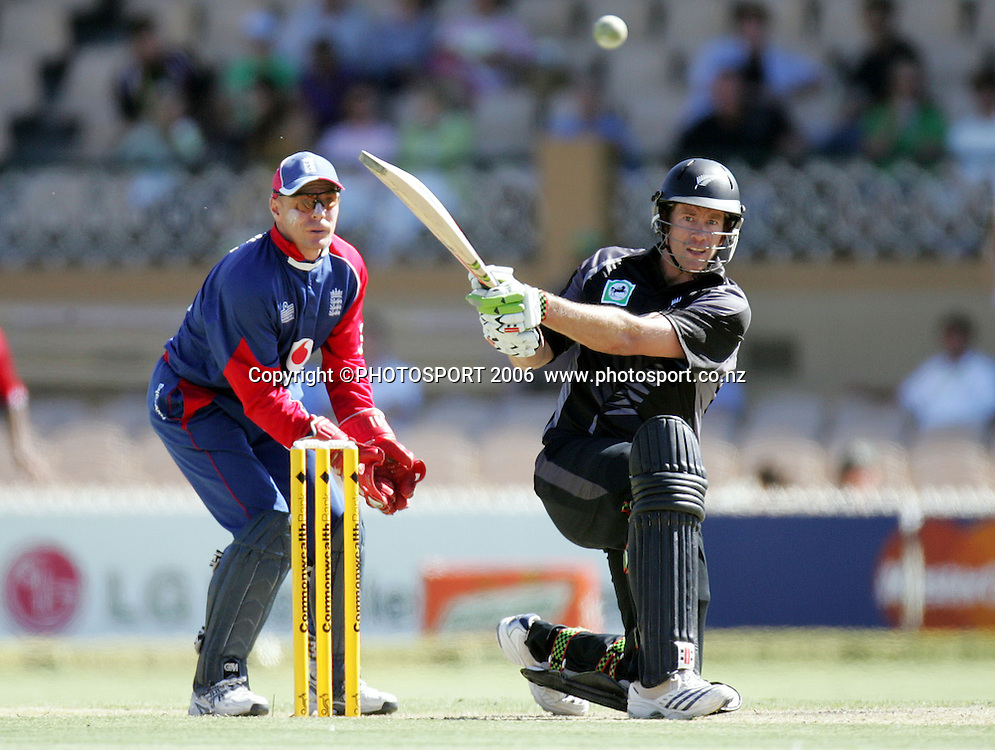 New Zealand allrounder Jacob Oram batting during his innings of 86 at the one day international cricket match between New Zealand and England at the Adelaide Oval on Tuesday 23 January 2007. New Zealand batted first and were all out for 210 in the 50th over. Photo: Andrew Cornaga/PHOTOSPORT<br /><br /><br /><br />230107