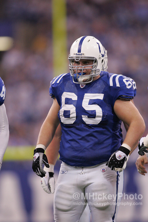 Indianapolis Colts lineman Ryan Lilja seen  during action against the Arizona Cardinals Jan 1, 2006. The Colts defeated the Cardinals 17-13.