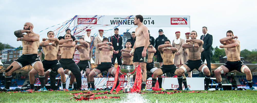 New Zealand perform the haka after winning the IRB Emirates Airline Glasgow 7s at Scotstoun in Glasgow. 4 May 2014. (c) Paul J Roberts / Sportpix.org.uk