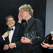 NLD/Amsterdam/20101116 - Inloop JFK Greatest Man Award, winnaar Jeroen Pauw krijgt jaar lang Grolsch Bier