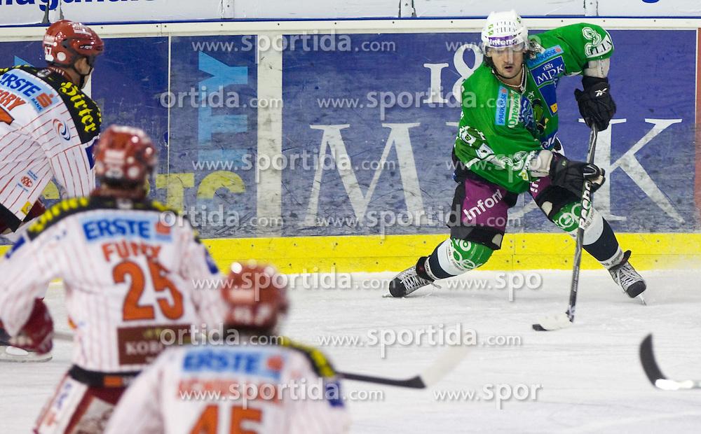 Frank Banham of Tilia Olimpija at ice-hockey match in 33rd Round of EBEL league between HDD Tilia Olimpija Ljubljana and EC KAC, Klagenfurt, on December 18, 2009, in Arena Tivoli, Ljubljana, Slovenia. Olimpija defeated KAC 4:2. (Photo by Vid Ponikvar / Sportida)