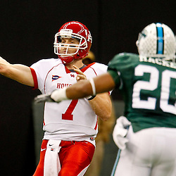 November 10, 2011; New Orleans, LA, USA; Houston Cougars quarterback Case Keenum (7) throws as Tulane Green Wave linebacker Trent Mackey (20) pressures during the second quarter at the Mercedes-Benz Superdome.  Mandatory Credit: Derick E. Hingle-US PRESSWIRE