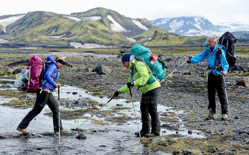 09-07-2014 ISL: Iceland Diabetes Challenge Dag 5, Emstrur<br /> Van Alftavatn naar Emstrur / Petra Seegers, Annet de Leeuw-den Boer, Eelco