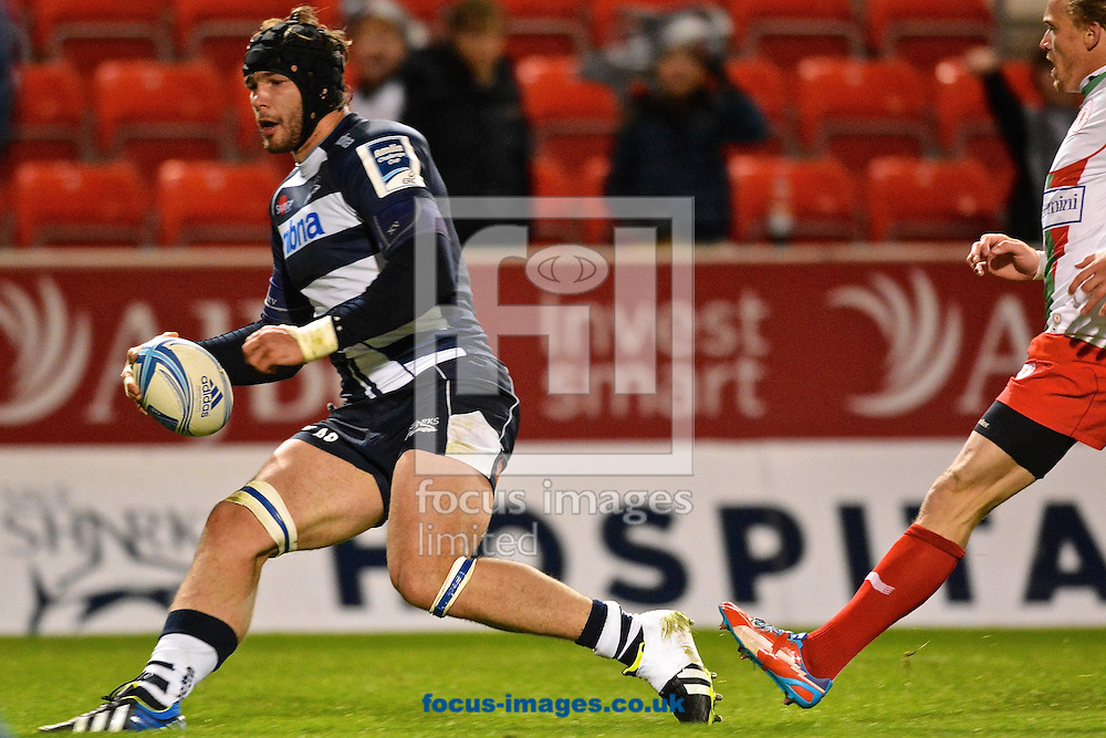 Picture by Ian Wadkins/Focus Images Ltd +44 7877 568959<br /> 10/10/2013<br /> Andrei Ostrikov of Sale Sharks runs in to score a try during the Amlin Challenge Cup match at AJ Bell Stadium, Eccles.