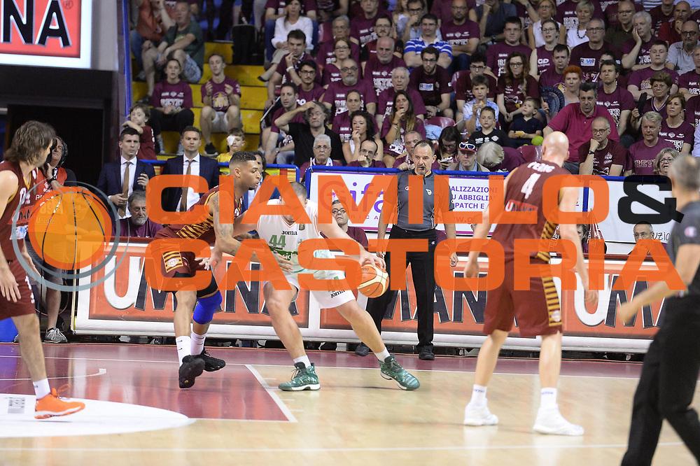 Fesenko Kyrylo<br /> Umana Reyer Venezia - Sidigas Avellino<br /> Lega Basket Serie A 2016/2017<br /> Palyoff Semifinale Gara 1<br /> Venezia 26/05/2017<br /> Foto Ciamillo-Castoria