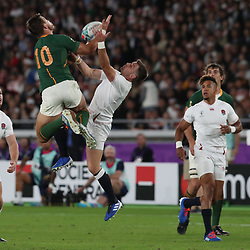 Handre Pollard of South Africa and George Ford of England during the Rugby World Cup Final match between South Africa Springboks and England Rugby World Cup Final at the International Stadium Yokohama  Japan.Saturday 02 November 2019. (Mandatory Byline - Fotosport/David Gibson)