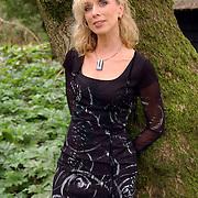 NLD/Muiderberg/20050915 - Perspresentatie Turks Fruit de Musical, Ellen Evers
