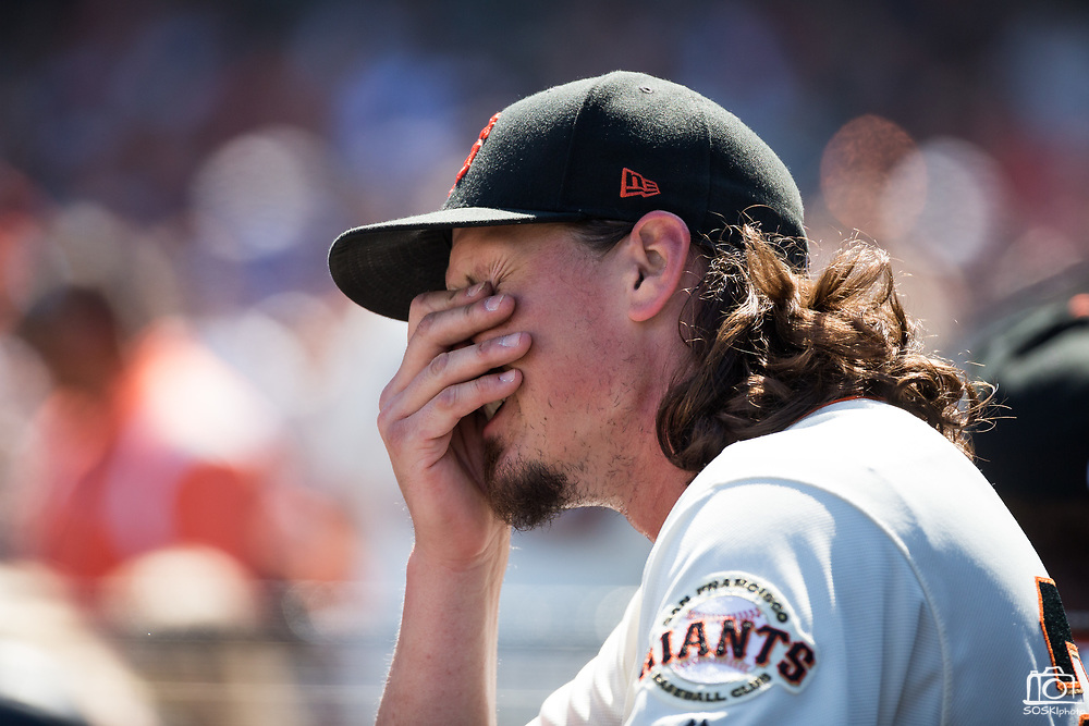 San Francisco Giants starting pitcher Jeff Samardzija (29) wipes his face in the dugout after pitching against the Arizona Diamondbacks at AT&T Park in San Francisco, California, on August 6, 2017. (Stan Olszewski/Special to S.F. Examiner)