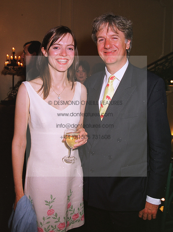 The HON.PEREGRINE & MRS MONCRIEFE OF THAT ILK,  at a party in London on 17th June 1999.MTK 82