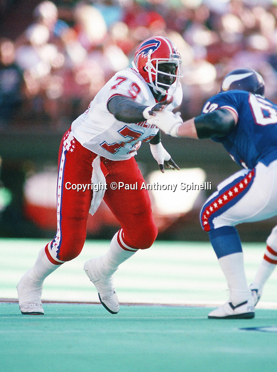 Buffalo Bills defensive end Bruce Smith (78) chases the action during the 1990 NFL Pro Bowl between the National Football Conference and the American Football Conference on Feb. 4, 1990 in Honolulu. The NFC won the game 27-21. (©Paul Anthony Spinelli)