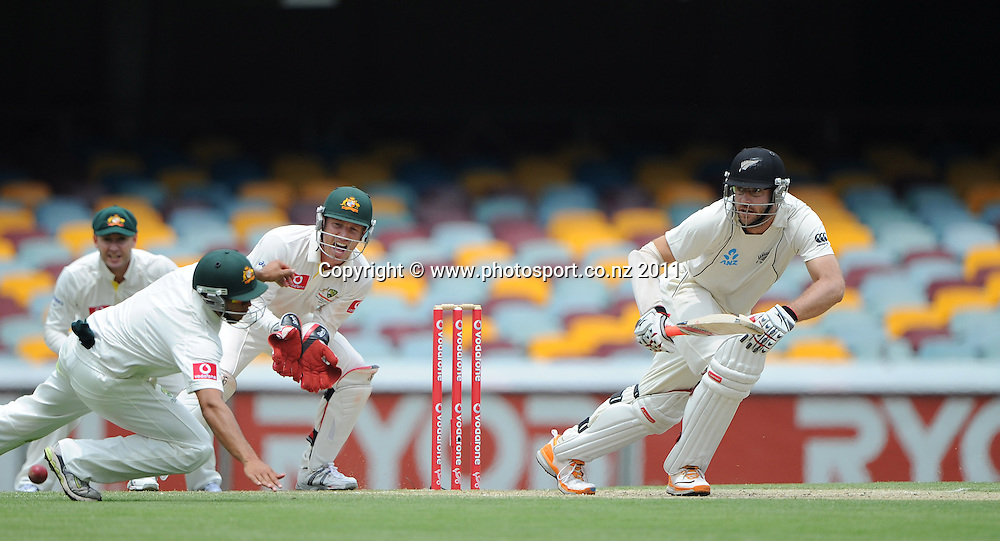 Daniel Vettori batting on Day 4 of the first cricket test between Australia and New Zealand Black Caps at the Gabba in Brisbane, Sunday 4 December 2011. Photo: Andrew Cornaga/Photosport.co.nz