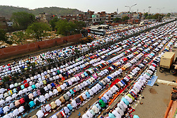 June 26, 2017 - Delhi, Rajasthan, India - Indian Muslims offer  Eid al-Fitr prayers at the Idgah Mosque in Delh-Jaipur Highway,Rajasthan  India. Eid al-Fitr marks the end of the Muslims' holy fasting month of Ramadan.(Photo By Vishal Bhatnagar/NurPhoto) (Credit Image: © Vishal Bhatnagar/NurPhoto via ZUMA Press)
