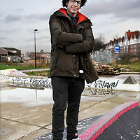 Nederland, Amsterdam , 8 januari 2013.<br /> Skaters die pleiten om een heus skatepark in Amsterdam die geheel ontbreekt staan bij hun eigen tijdelijk geimproviseerd parkje aan de Gevleweg in de Spaarndammerbuurt,<br /> Op de foto: Sharmaarke Mire,<br /> Foto:Jean-Pierre Jans