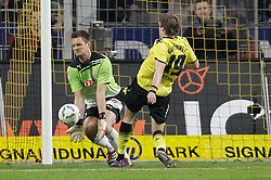 30.03.2012, Signal-Iduna-Park, Dortmund, GER, 1. FBL, Borussia Dortmund vs VfB Stuttgart, 28. Spieltag, im Bild v.l. Sven Ulreich (VfB Stuttgart), Kevin Grosskreutz (Borussia Dortmund), Aktion // during the German Bundesliga Match, 28th Round between Borussia Dortmund and VfB Stuttgart at the Signal Iduna Park Stadium, Dortmund, Germany on 2012/03/30. EXPA Pictures © 2012, PhotoCredit: EXPA/ Eibner/ Oliver Vogler..***** ATTENTION - OUT OF GER *****