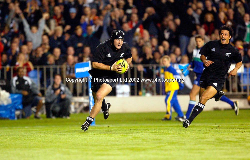 22 June 2002, Eden Park, Auckland, New Zealand.<br /><br />Rugby Union, New Zealand v Ireland, 2nd Test.<br /><br />Marty Holah<br /><br />Credit: Andrew Cornaga/Photosport