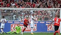 Fotball<br /> Tyskland<br /> 16.05.2015<br /> Foto: Witters/Digitalsport<br /> NORWAY ONLY<br /> <br /> 2:1 Tor Freiburg v.l. Torwart Manuel Neuer , Rafinha (Muenchen), Torschuetze Nils Petersen, Jerome Boateng <br /> <br /> Fussball Bundesliga, SC Freiburg - FC Bayern München