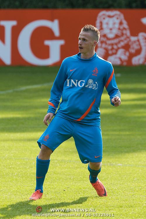 NLD/Hoenderloo/20120514 - !e training Nederlands elftal voor EK 2012, Alexander Buttner
