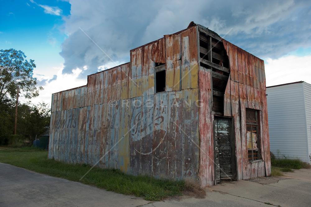 abandoned building in rural South Carolina