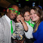 NLD/Amsterdam/20121104 - Premiere Shrek de musical, Rogier Komproe, partner en kinderen