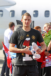 15.07.2014, Flughafen, München, GER, FIFA WM, Empfang der Weltmeister in Deutschland, Finale, im Bild Manuel Neuer #1 (Deutschland) // during Celebration of Team Germany for Champion of the FIFA Worldcup Brazil 2014 at the Flughafen in München, Germany on 2014/07/15. EXPA Pictures © 2014, PhotoCredit: EXPA/ Eibner-Pressefoto/ Kolbert<br /> <br /> *****ATTENTION - OUT of GER*****