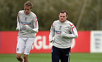 Photo: Paul Thomas.<br /> England Training. 06/10/2006.<br /> <br /> Peter Crouch and Wayne Rooney.