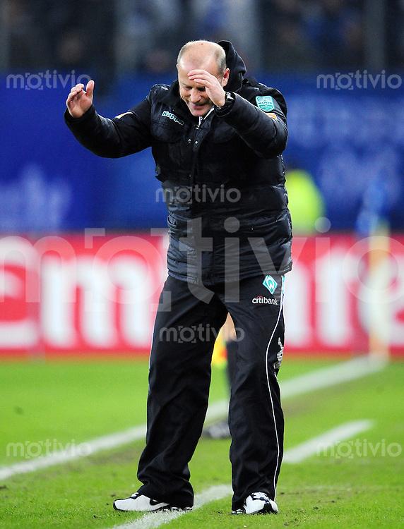 FUSSBALL   1. BUNDESLIGA   SAISON 2008/2009   14. SPIELTAG Hamburger SV - SV Werder Bremen         23.11.2008 Trainer Thomas SCHAAF (Bremen) emotional an der Seitenlinie