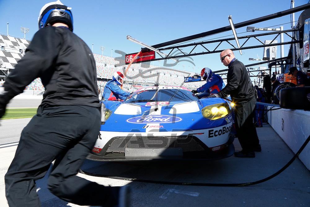 Daytona Beach, FL - Jan 29, 2016:  The IMSA WeatherTech Sportscar Championship teams take to the track for a practice session for the Rolex 24 at Daytona at Daytona International Speedway in Daytona Beach, FL.