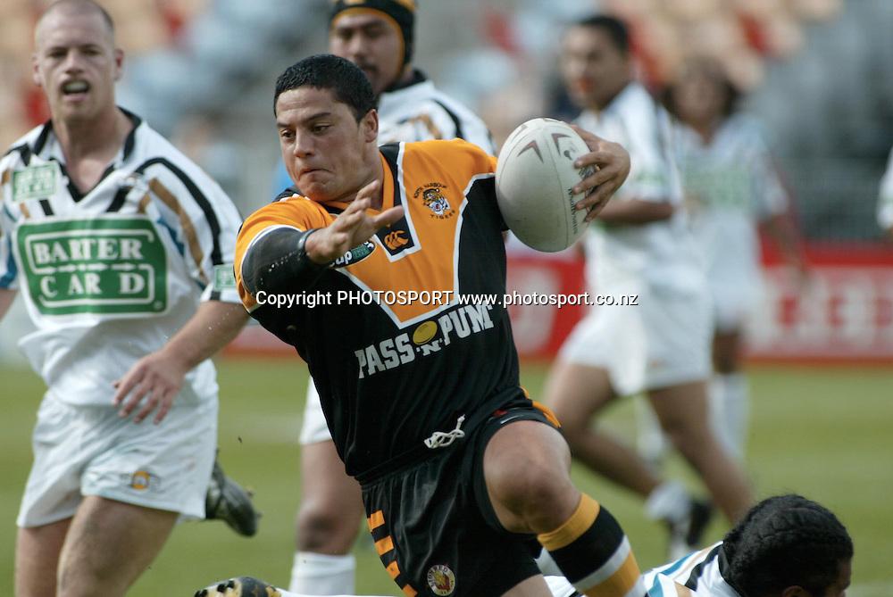 21 April 2003, NRL, Bartercard Cup, North Harbour Tigers vs Wellington, Ericsson Stadium, Auckland, New Zealand.<br />Tane Taitoko of North Harbour<br />Pic: Sandra Teddy/Photosport