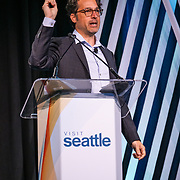 Visit Seattle Annual Meeting 2018. Robert Reid (Digital Nomad - National Geographic Traveler). Photo by Alabastro Photography.