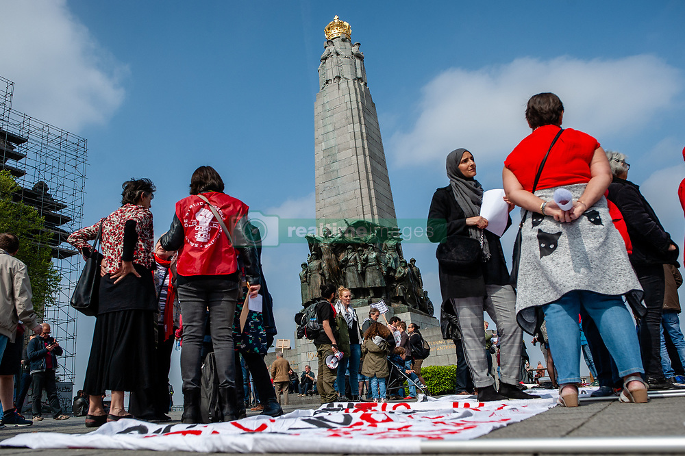 May 1, 2019 - Brussels, North Brabant, Belgium - People are gathered at the Poelaert place before the Labour Day demonstration started in Brussels, on May 1st, 2019. (Credit Image: © Romy Arroyo Fernandez/NurPhoto via ZUMA Press)