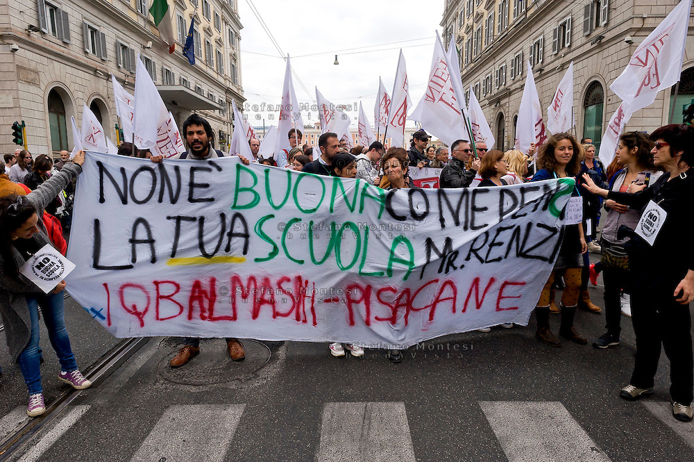 Roma 24 Aprile 2015<br /> Manifestazione degli insegnati aderenti ai  sindacati Usb, Unicobas e Anief contro la riforma della scuola del governo Renzi.<br /> Rome April 24, 2015<br /> Demostration  of teachers belonging to unions Usb, Unicobas and ANIEF against school reform of the government Renzi.
