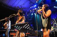 Navicula with Kartika Jahja, Bali Spirit Festival, Ubud, Bali, Indonesia, 01/04/2012.