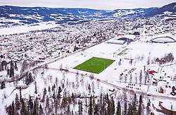 THEMENBILD - ein gruenes Fussballfeld in der verschneiten norwegischen Landschaft, aufgenommen am 12. Maerz 2019 in Lillehammer, Norwegen // a green football field in the snow-covered Norwegian countryside, Lillehammer, Norway on 2018/03/12. EXPA Pictures © 2019, PhotoCredit: EXPA/ JFK
