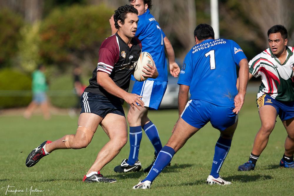 Wakatipu Giants Vs Cooks at Elles Road, Invercargill, New Zealand, Sunday May 06, 2012. Credit:Teaukura Moetaua / Media Sport