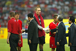 BANGKOK, THAILAND - Thailand. Thursday, July 24, 2003: Liverpool goalkeeper Chris Kirkland meets Thai FA officials before a preseason friendly match at the Rajamangala National Stadium. (Pic by David Rawcliffe/Propaganda)
